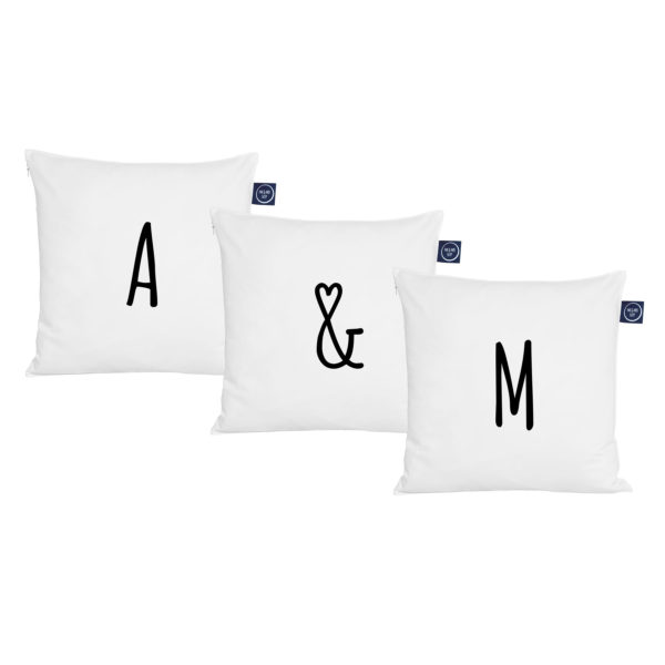 komplet poduszek z własnymi literami